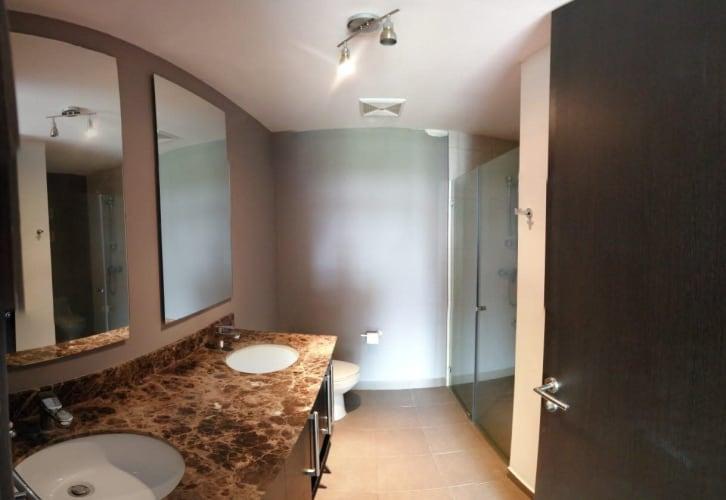 Condominio en Vistas a la Colina | Santa Ana